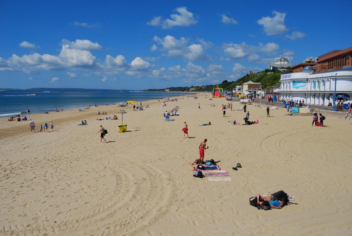 Bournemouth_Beach